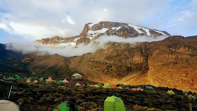 kilimanjaro-2412546_960_720