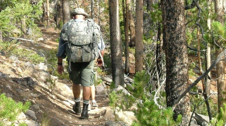 hiking-950718_960_720